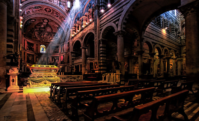 Pisa - Duomo - Rays of Light