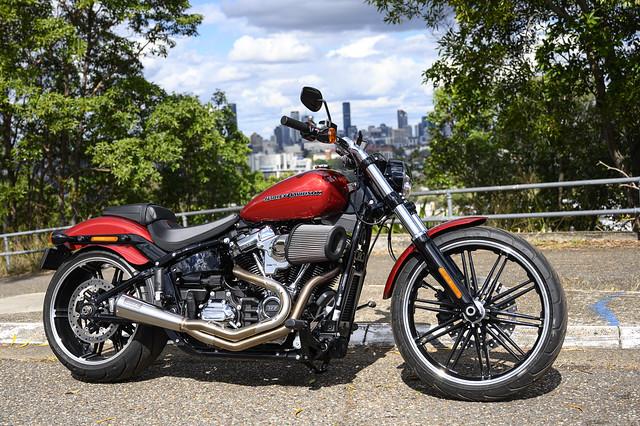 Custom Harley Breakout