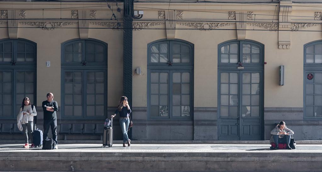 Esperando mi tren