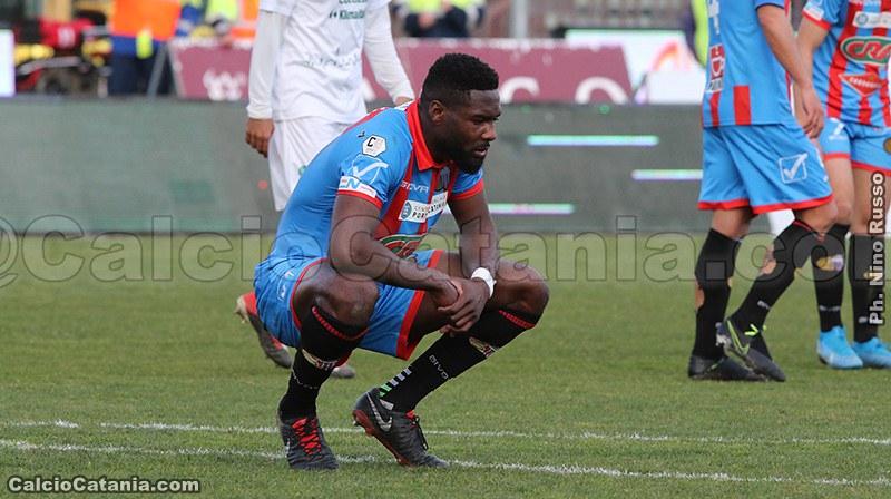 La delusione di Mbende a fine gara