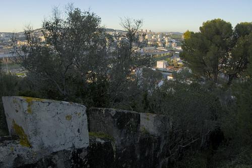 Walking the borders of Lisbon #street #lisbon #portugal #t3mujinpack