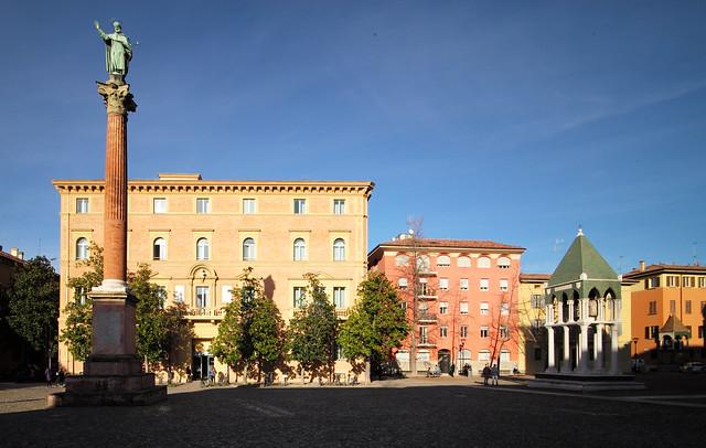 Bologna, Ital,  Piazza San Francesco , January 2020 009