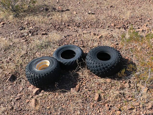 Quad Tires 7D2_5011