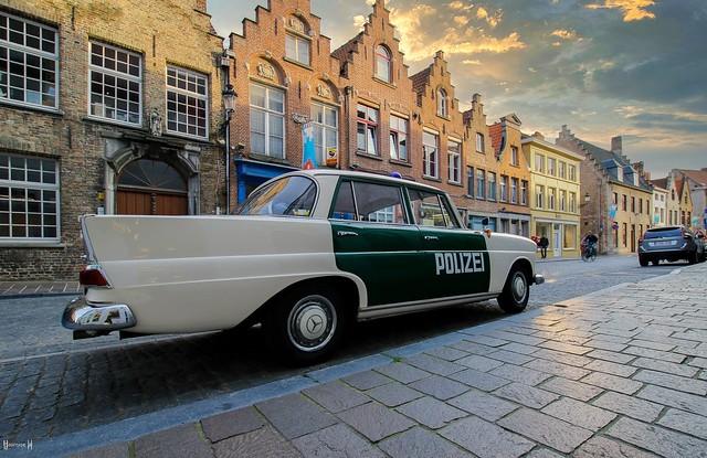 Police - 8048