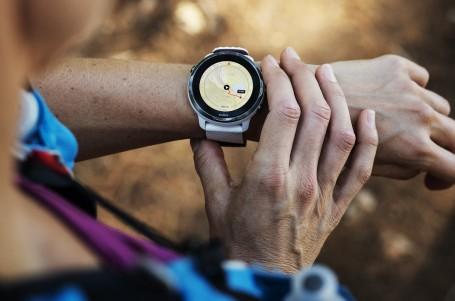 Suunto 7 přenáší odborné znalosti ze sportu do každodenního života díky Wear OS by Google™