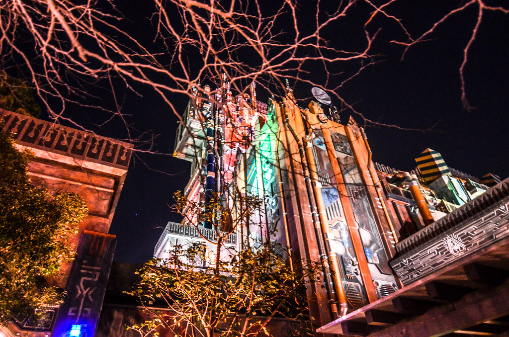 GotG Mission Breakout tower night DCA