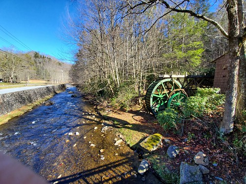 roan mountain state park tennessee gristmill waterwheel stream visitor center