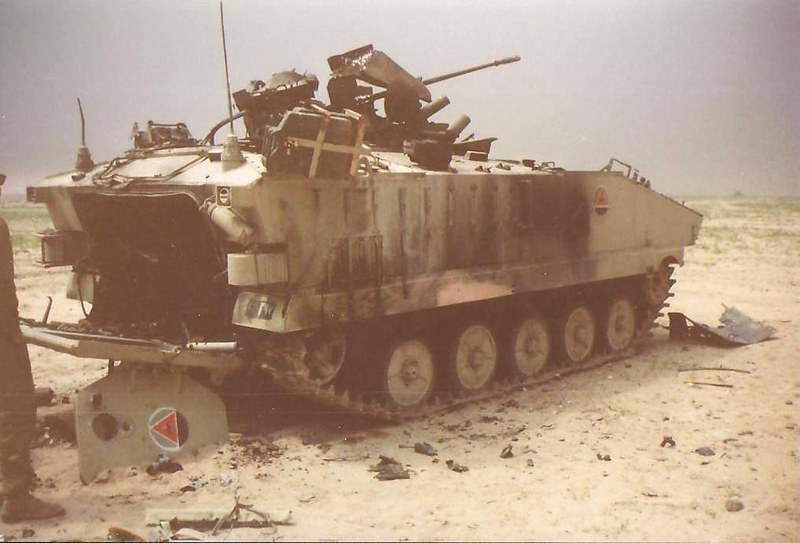 AMX-10P-iraq-1991-pin-1
