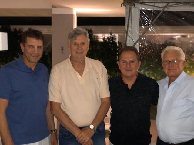 30/01/2020 Jantar casa do Sr. Fernando Bortoluzzi, em Xangri-Lá