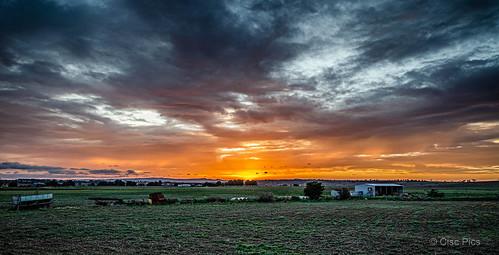 southerndowns killarney queensland australia sunset landscape clouds colour