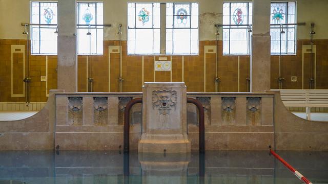 Le mascaron-fontaine du grand bassin