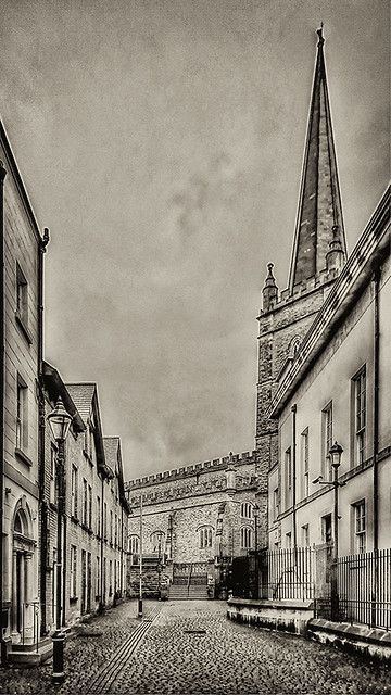 Derry NIR - St Columb's Cathedral 02