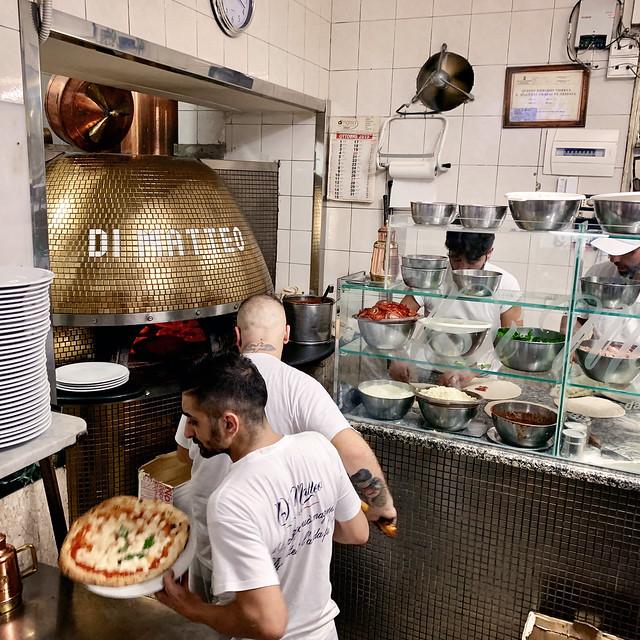 Italy 2019, Naples Napoli, pizzeria Di Matteo pizza oven