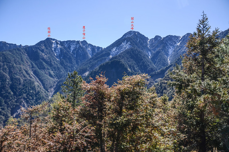 天池觀景台東南望塔關山稜線 1-1