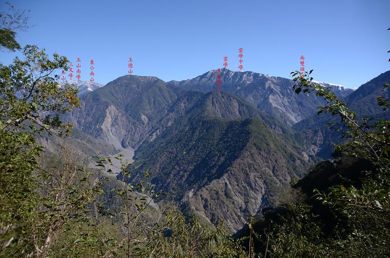 中之關古道海拔2080m左右東北望 (3)