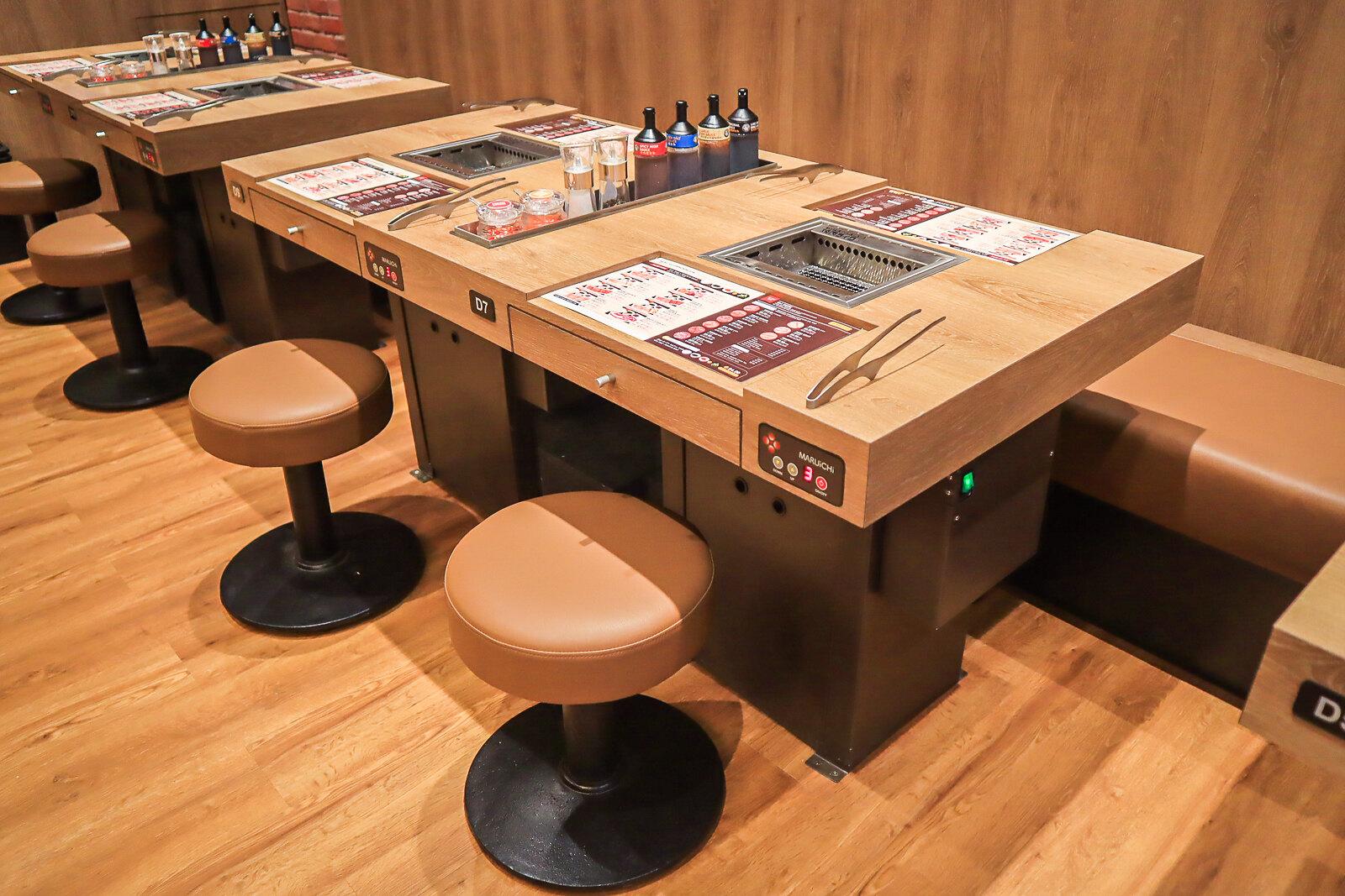 yakiniku like tables