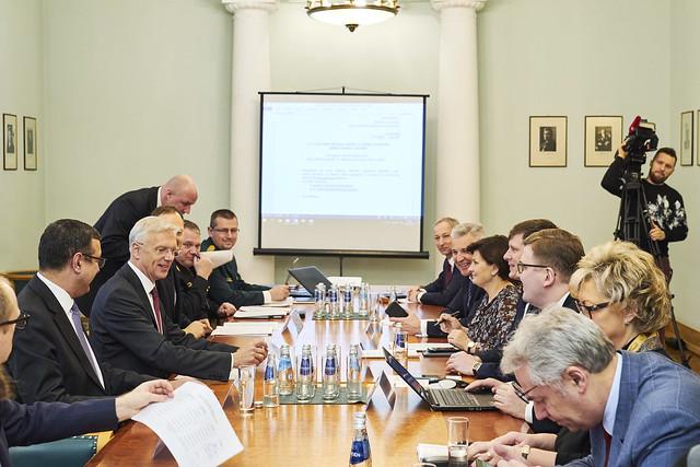 04.02.2020. Ministru prezidents Krišjānis Kariņš vada Krīzes vadības padomes sēdi
