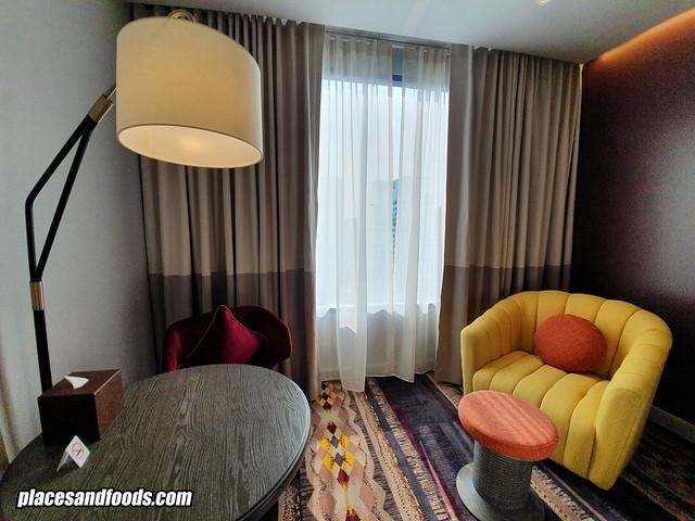 mercure hotel sukhumvit room sofa