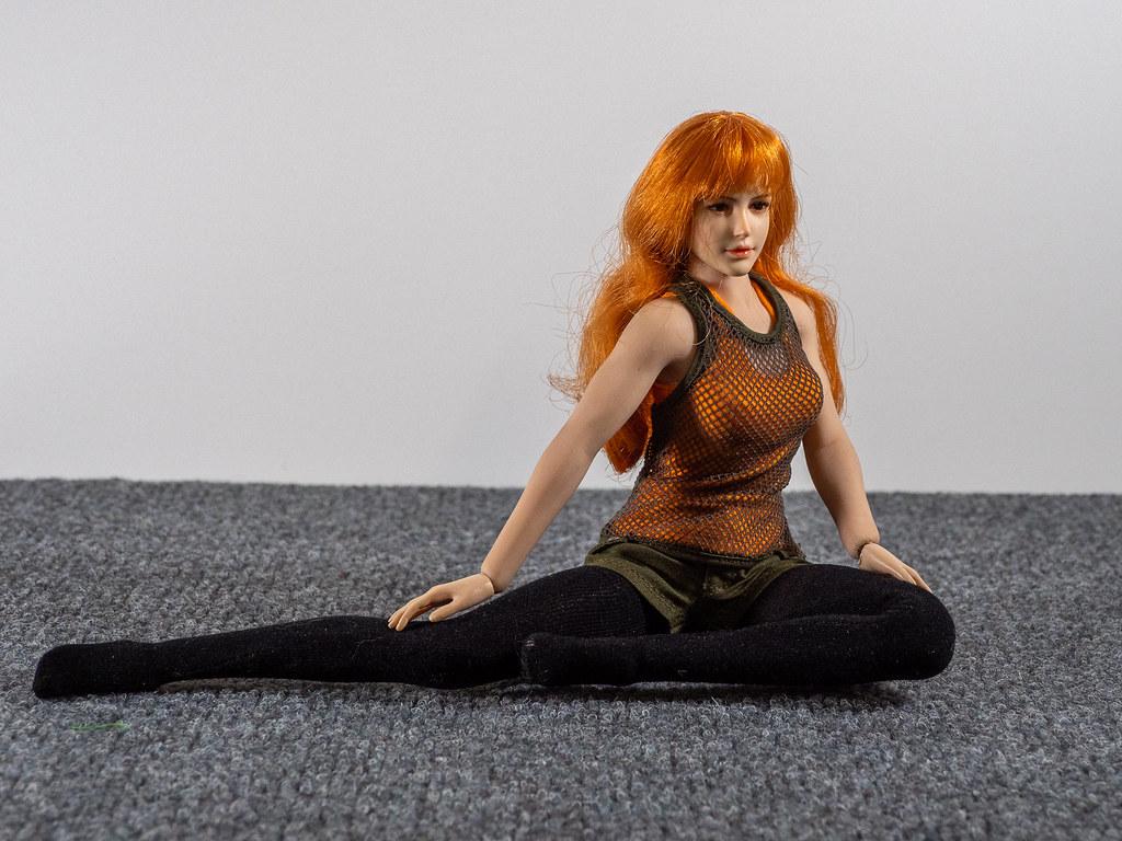 Phicen Female Posing Guide 49487543941_8cf9da876d_b