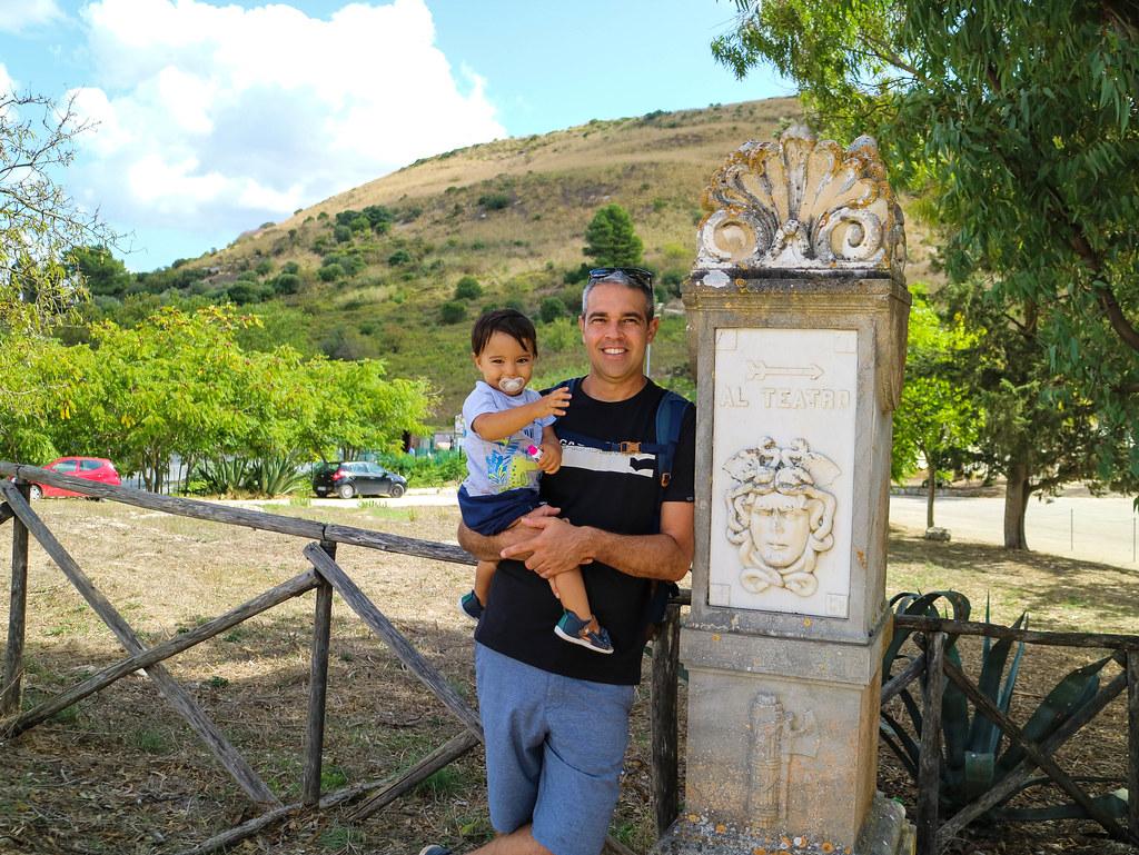 Zona arqueologica de Segesta