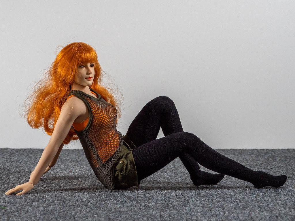 Phicen Female Posing Guide 49487754432_7d1db4739e_b