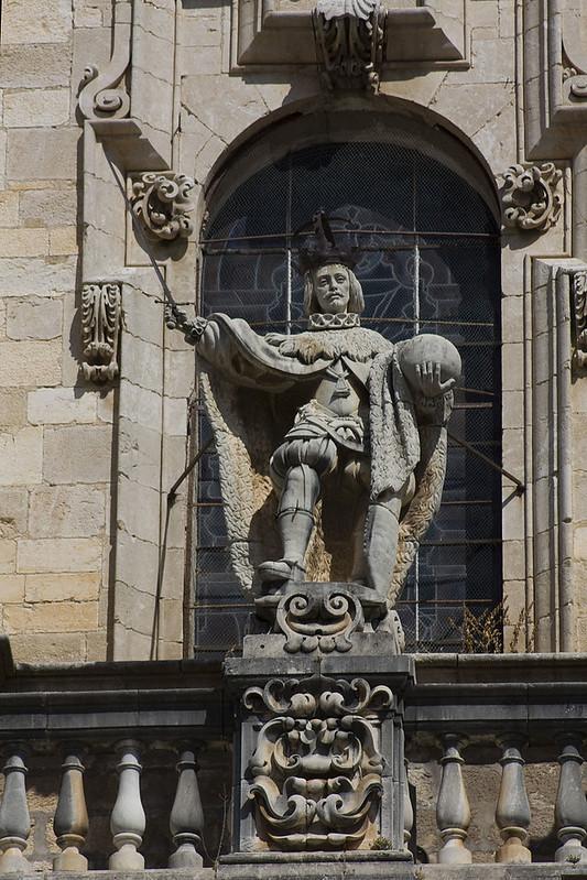 800px-Jaén-Catedral_de_la_Asunción-San_Fernando-20110919