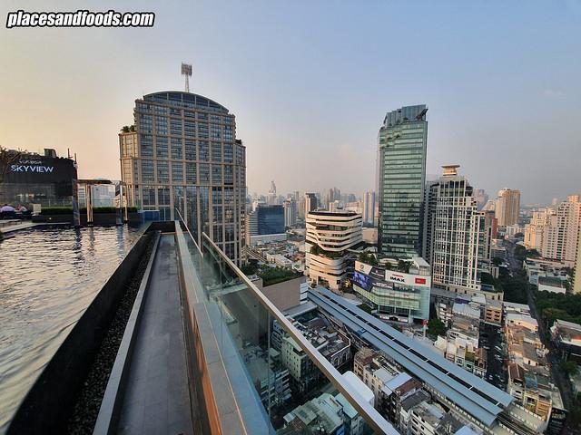 mercure hotel bangkok swimming pool