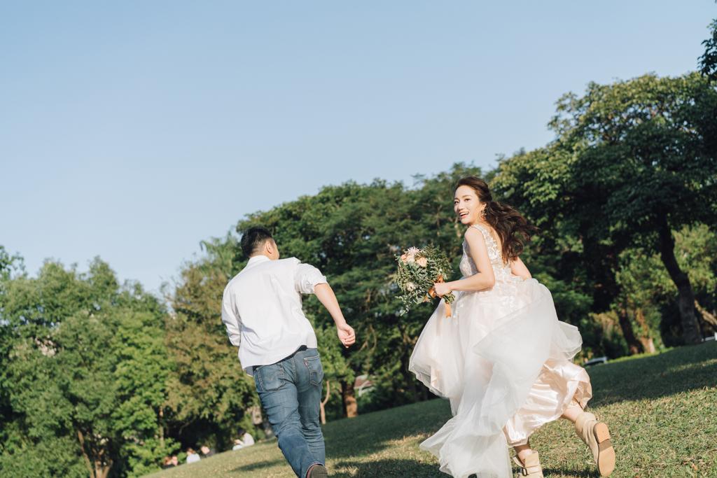 [ 婚紗] Daniel & Mini Hu 婚紗攝影@台灣大學 輕婚紗