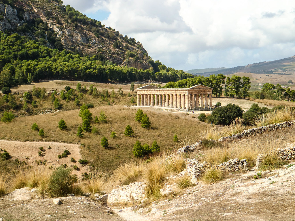 Vista del Templo de Segesta desde el bus hacia el Teatro griego