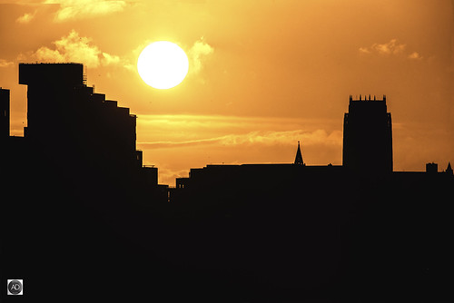 sunrise liverpool anglicancathedral hopestreet weather silhouetts shadows cityscape landscape sun solar clouds england uk