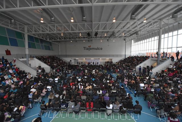 Entrega de Becas a Estudiantes de Secundaria del Municipio de Tlajomulco