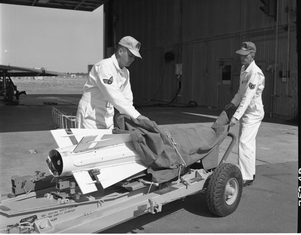 23_0004296 Uncovering a Guided Aircraft Rocket GAR-1 for a Convair F-102A Delta Dagger