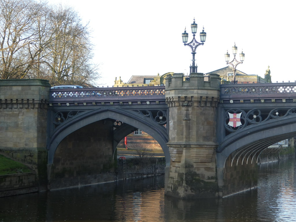 River cruise, York