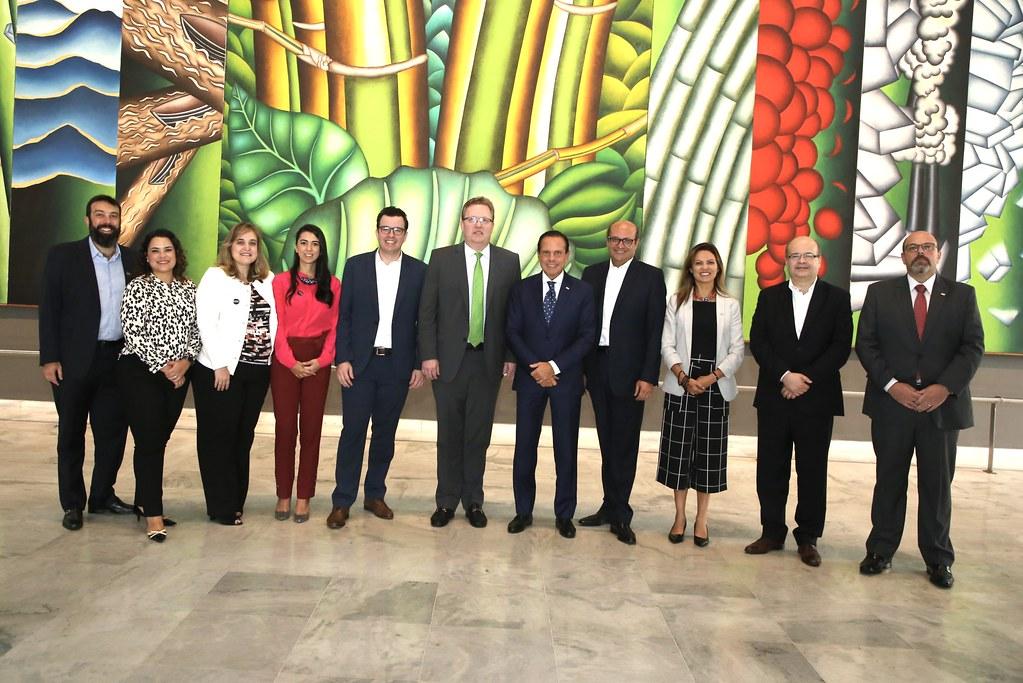 Reunião com o Vice-Presidente Mundial da Amazon Web Services (AWS)