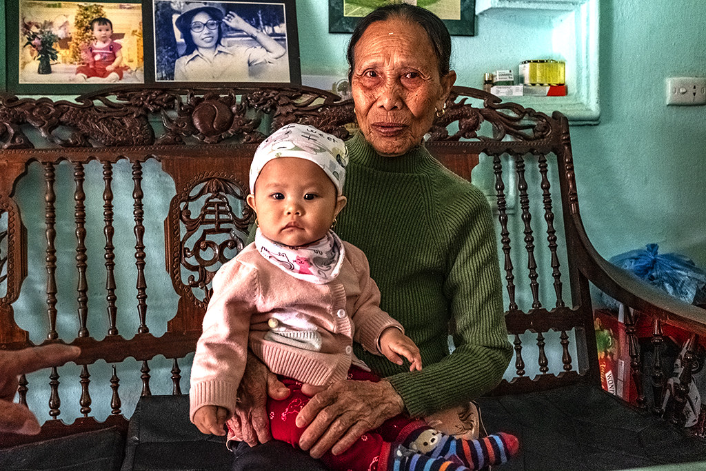 Mrs Vinh and her great-granddaughter--Thanh Luong
