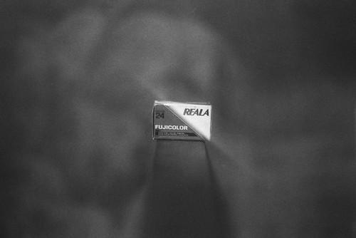Reala. (35mm)   Exp. 09/1990 Kodak Plus-X Pan 125.