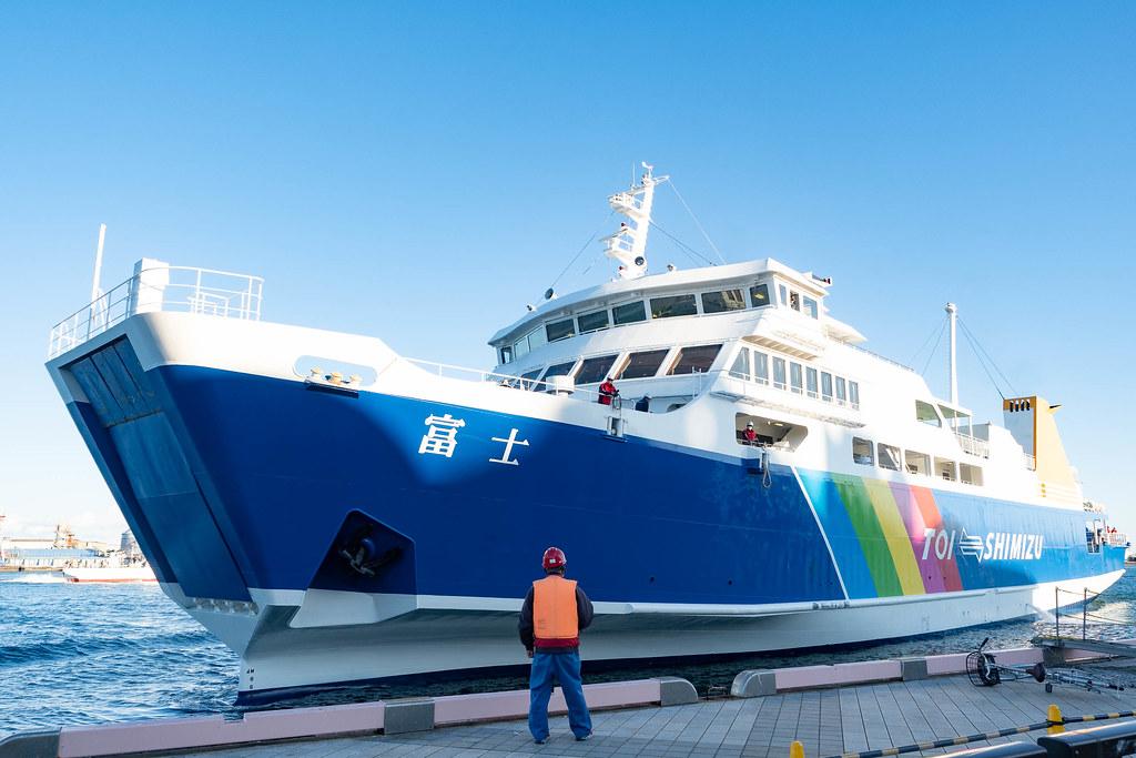 Dramatic_MtFuji_Cruise-53