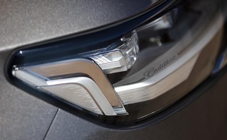 Cadillac-Escalade (14)
