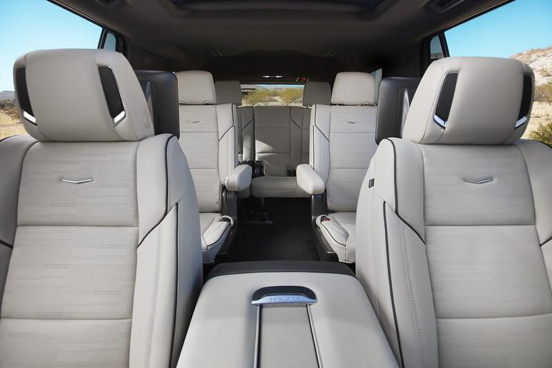 Cadillac-Escalade (6)