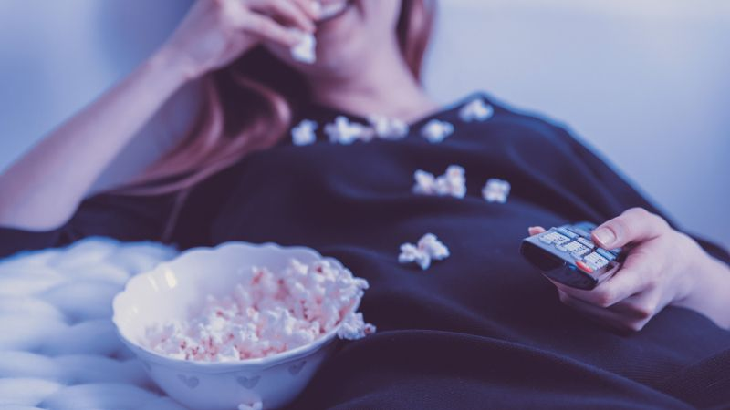 Eating pop-corn