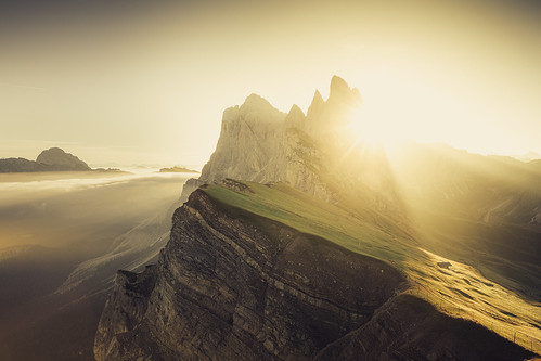 seceda dolomites italy mountain sunrise