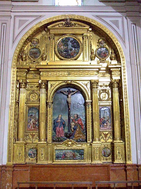 800px-Jaén_-_Basílica_de_San_Ildefonso,_interiores_47