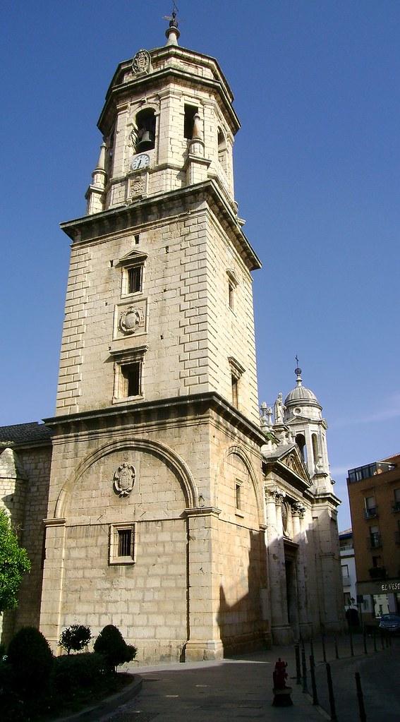 800px-Jaén_-_Iglesia_de_San_Ildefonso