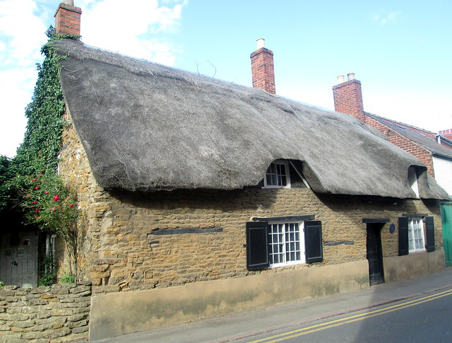 Oakham , thatched cottage,Rutland