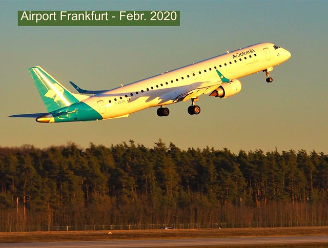 Airport Frankfurt - The plane - from Itally Air Dolomiti -  just started on the West-Part