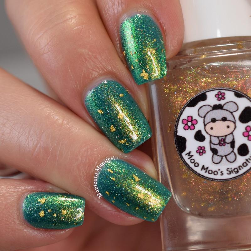 Moo Moo's Signatures It's A Dreamcatcher swatch