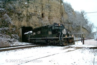 IC 6258 At East Dubuque, IL