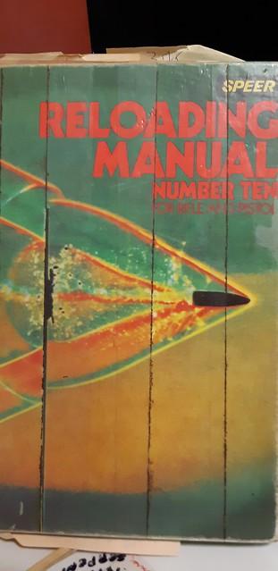 Votre reloading manual préféré! 49495144887_a19667ea1d_z