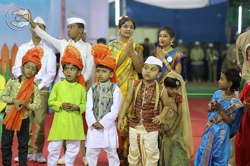 A play by Kids in Exhibition