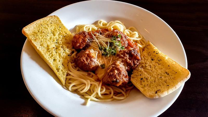 Clarke's Meatballs, Pasta & Garlic Bread